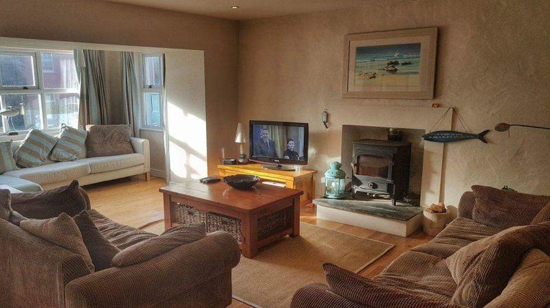 Burton House lounge